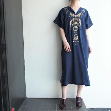 Foil print ×  bijoux dress