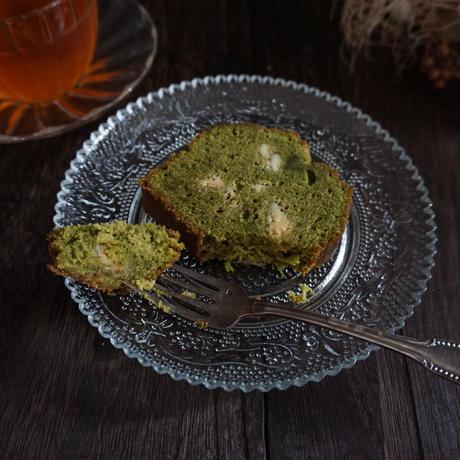 抹茶とホワイトチョコのパウンドケーキ