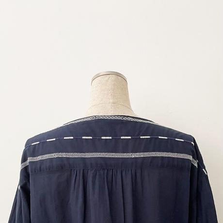 ボーダー刺繍入りブラウス[4083803]