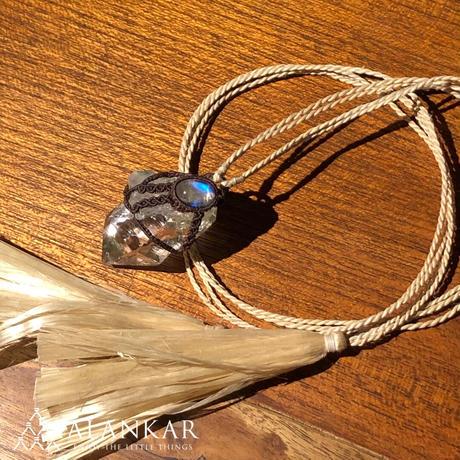 ヒマラヤ水晶×ホワイトラブラドライト/精麻ネックレス