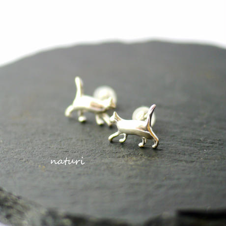 【gatto】sv925 cat pierce (2pcs)