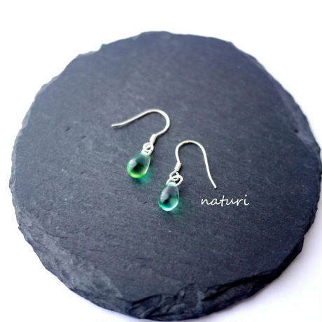 【rosee】glass drop pierce green (2pcs)