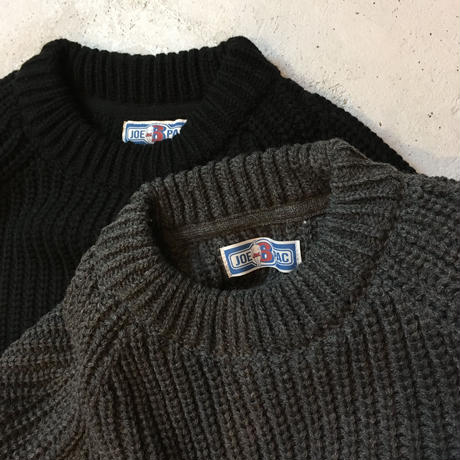 LOW GAUGE CREW NECK SWEATER