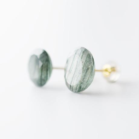 天然石ピアス/アクチノライト イン クォーツ