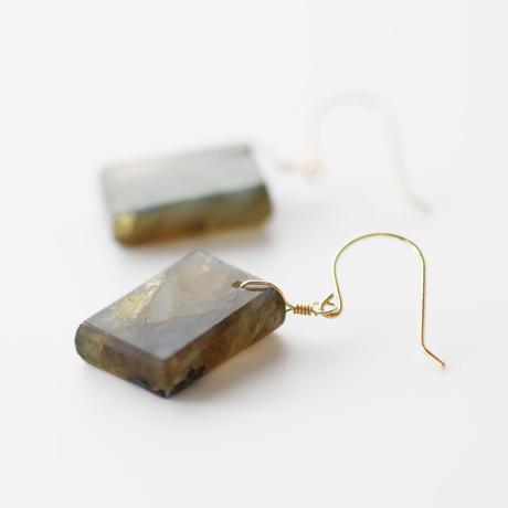 天然石ピアス/ラブラドライト