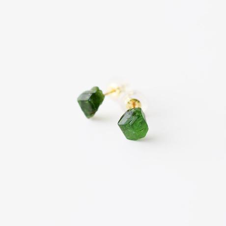 原石ピアス/クロムトルマリン