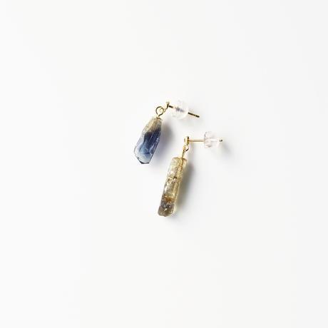 結晶ピアス/タンザナイト