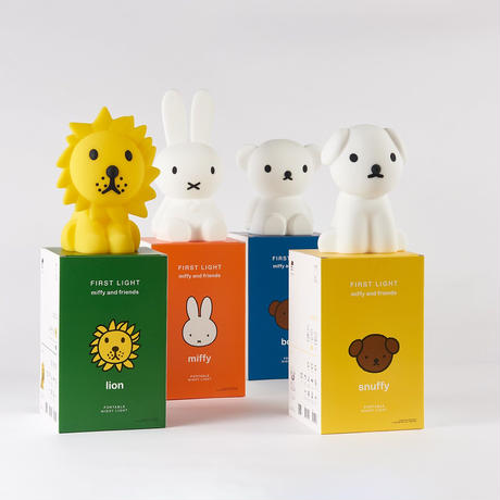FIRST LIGHT miffy and friends 【size:M】※送料着払い※