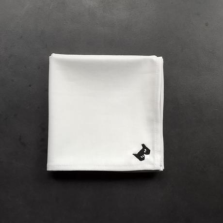 NECOREPA 刺繍ハンカチNo11 オフホワイトハチワレ