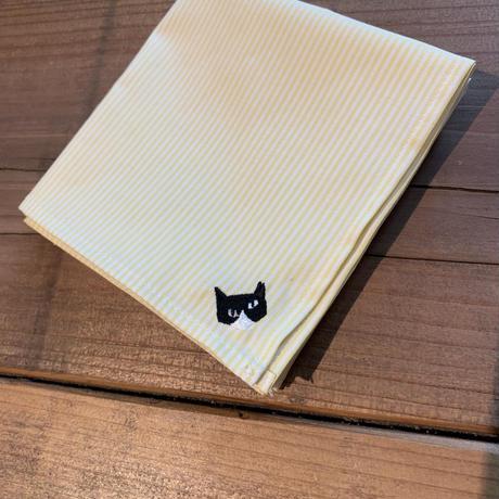 NECOREPA 刺繍ハンカチNo12 クリームハチワレ