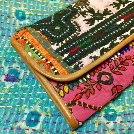 パキスタン刺繍  ゴート革 長財布