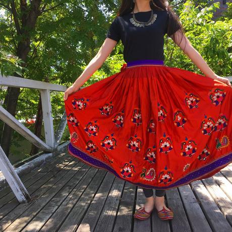 インド・グジャラート刺繍  ヴィンテージ・ジプシースカート