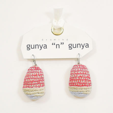 """gunya""""n""""gunya drawingピアス"""