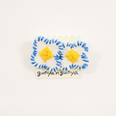 "gunya""n""gunya 八重ピアス"