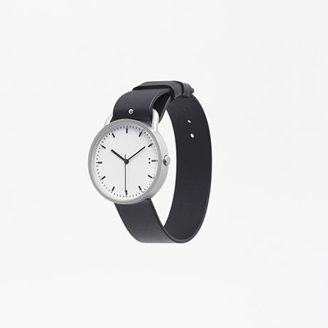 buckle / wrist watch grey leather