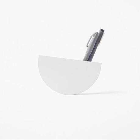 doraemon minimal desktop collection pen holder