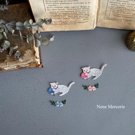 「カギカッコのお花」 ピンク/2枚セット/刺繍アイロンワッペン