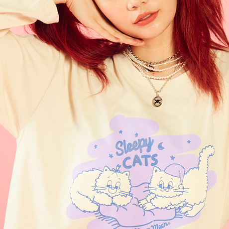 Sleepy Cat T-shirt (ivory)