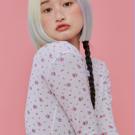 Flower T (White)