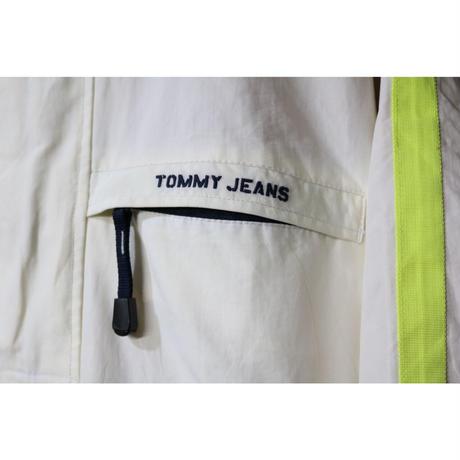 【古着】TOMMY JEANS NYLON PULLOVER ANORAK JACKET White Size XXL