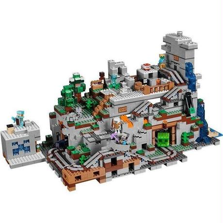 レゴ LEGO おもちゃ Minecraft The Mountain Cave Set #21137