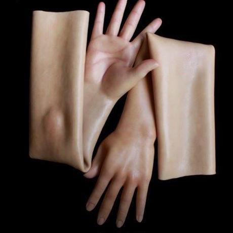 CROSSDRESS スキンテクスチャー まるで本物の女性の手 シリコン手袋 G-3TD CD ドラァグクイーン 女装 コスプレにも