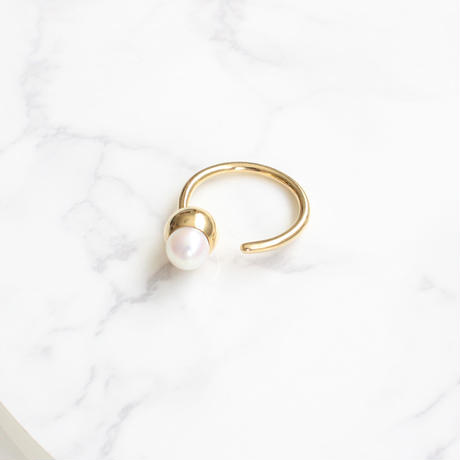 plus.jewel | solid pearl ring-round-