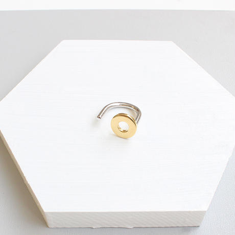 plus.jewel | circle & line ring