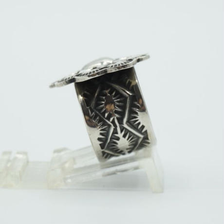 Indian Jewelry NAVAJO Ring by Sunshine Reeves