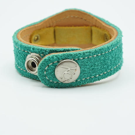 KC,s Watch bless 2concho suede(エメラルド)