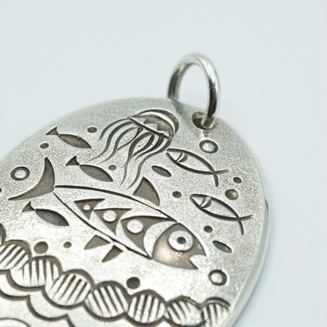 Indian Jewelry Top by Norbert Peshlakai(FISH)