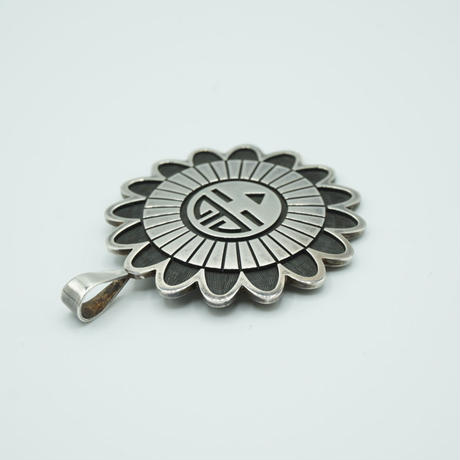 Indian Jewelry HOPI Top by Arthur Allen Lomayestewa