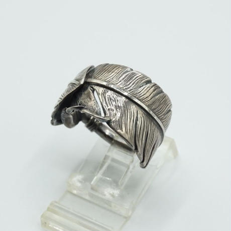 WHEEL WORKS Feather Ring