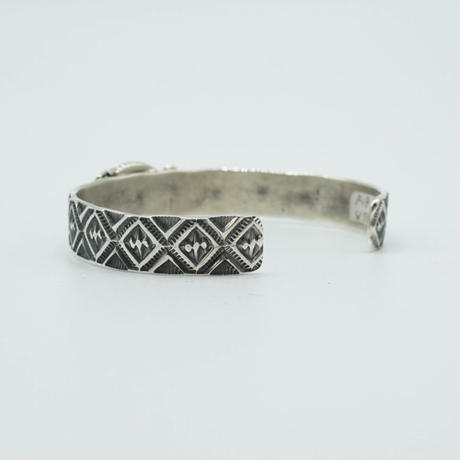 Indian Jewelry NAVAJO Bangle by Kevin Ramone