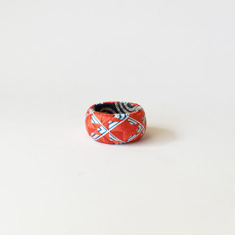 KAGARU   指ぬき [金魚]