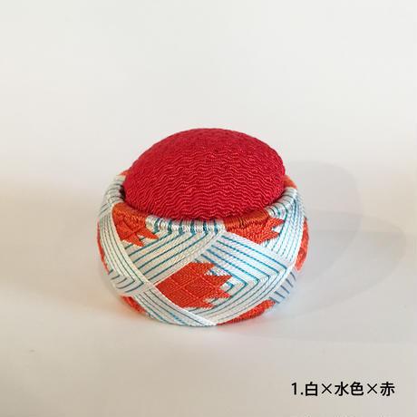 KAGARU | 加賀ゆびぬき針山「金魚」