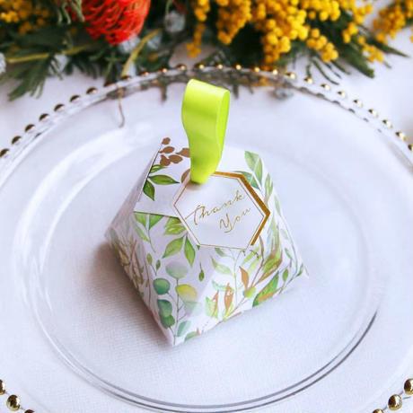 新品送料込 ギフトボックス 50個セット ダイヤモンド型 植物 バレンタイン お誕生日会 結婚式 ラッピング プレゼント