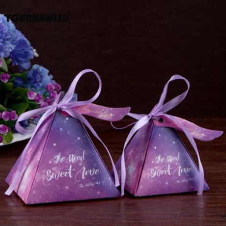 新品送料込 ギフトボックス 100個セット 三角型 星空 リボン付 バレンタイン お誕生日会 結婚式 ラッピング プレゼント