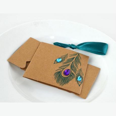 新品送料込 ギフトボックス 50個セット 孔雀の羽 クラフト バレンタイン お誕生日会 結婚式 ラッピング プレゼント