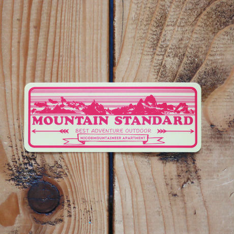 NICO&MOUNTAIN ステッカー MOUNTAINS pink