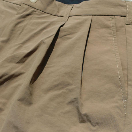 BURLAP OUTFITTER / SUPPLEX TWO PLEATS SHORT