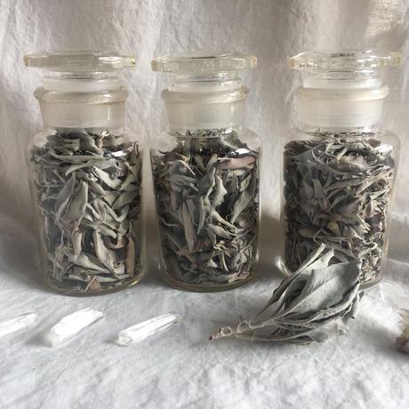 juniper ridge ホワイトセージ&古い薬瓶