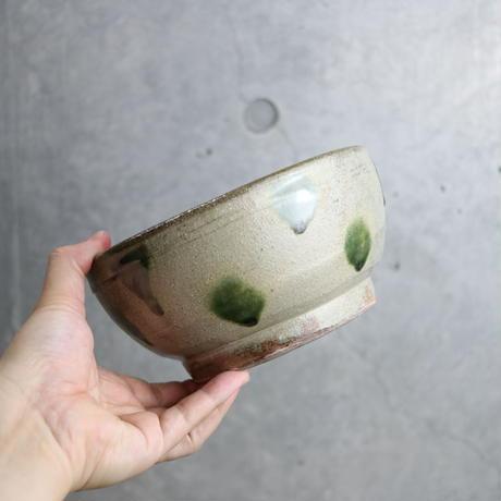 やちむん 【北窯 宮城正享工房】緑釉点打 6寸深鉢②
