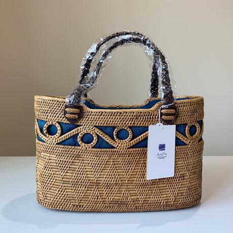 透かし&飾り編みのバッグ