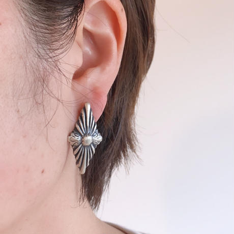 Concho_diamond type pierce1581P / earring1582E