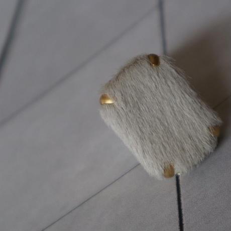 cubic ハラコ、ボアタイプ earring