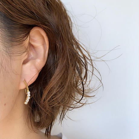drop pierce/ earring gold