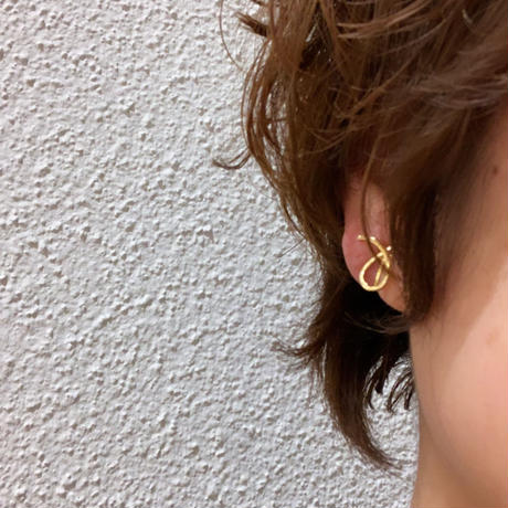 ➰ gold pierce/earring