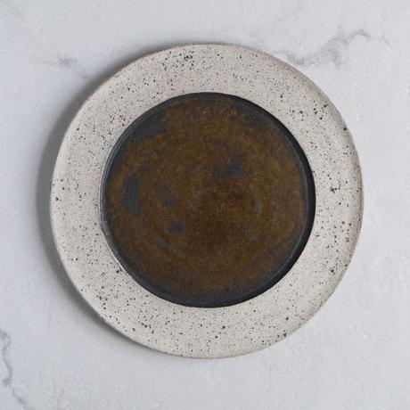白砂×枯金 リム皿 φ25