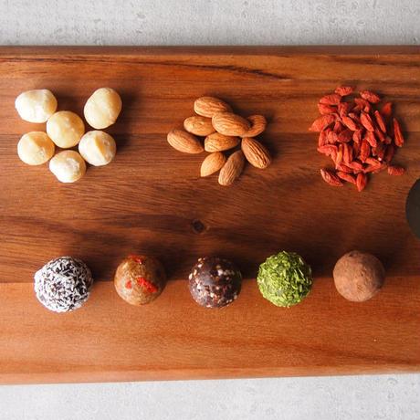 カラダが喜ぶおやつ!ninmari balls 5pieces  (5種セット)